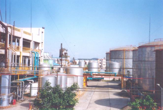 炼油设备.png